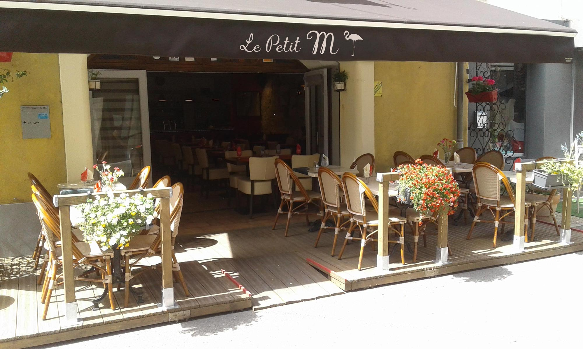 Restaurant pizzeria Le Petit M à Aigues-Mortes